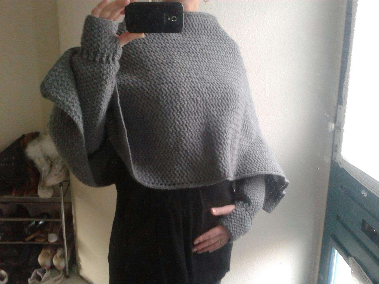 Poncho met armwarmers
